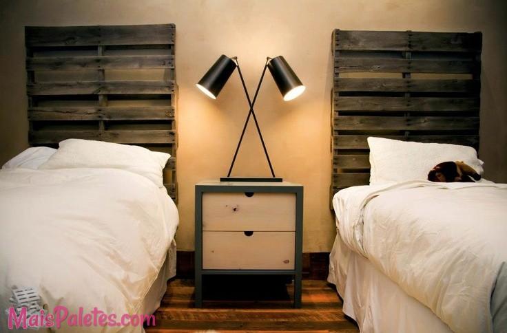 12 cabeceiras de cama simples e elegantes - Lit en palette de bois avec lumiere ...