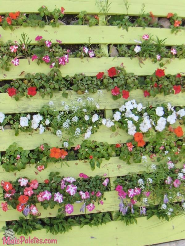 Jardim Vertical com Pallets -> Decoração Para Jardins Com Paletes