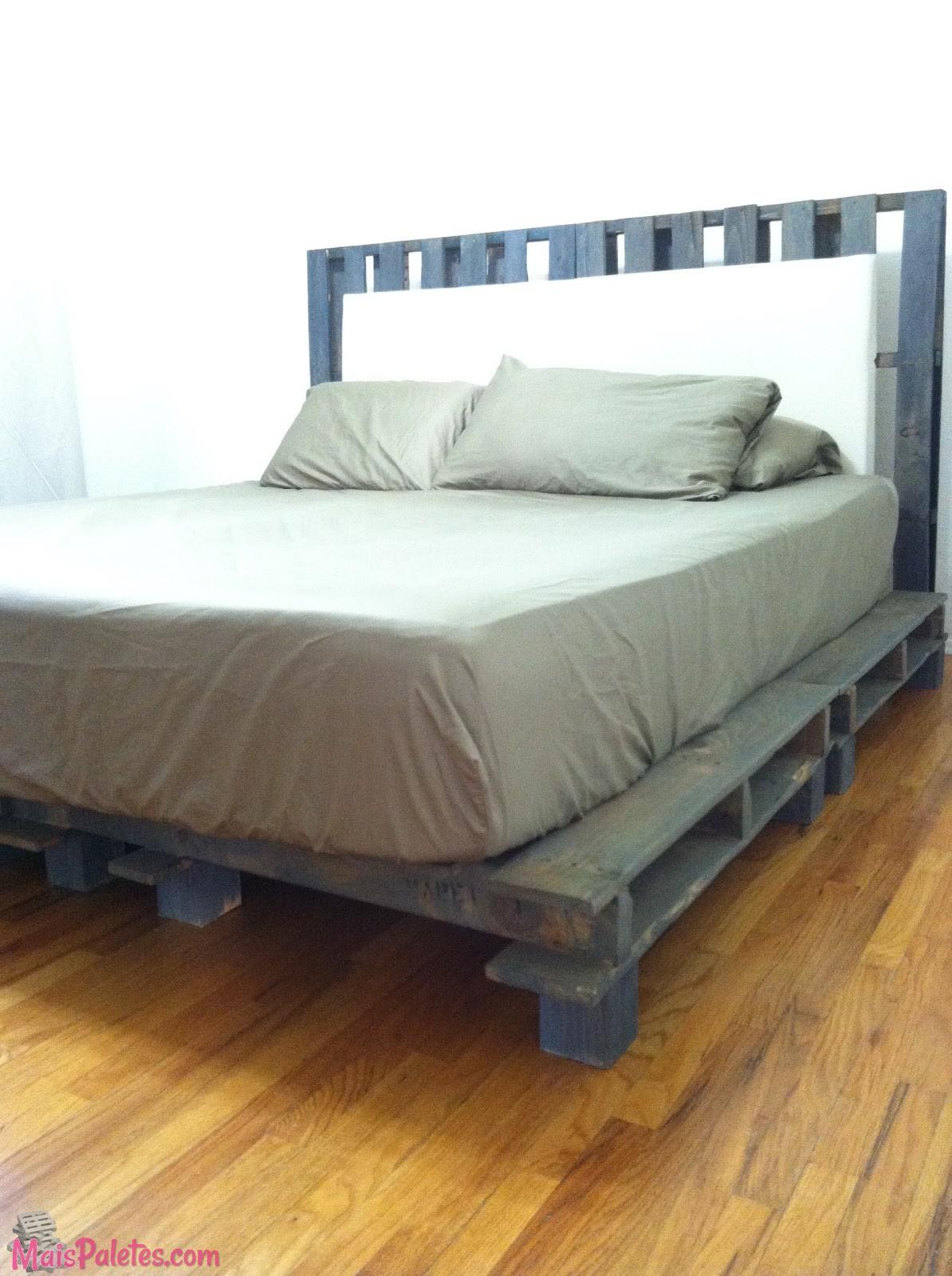 12 camas e as suas cabeceiras todas feitas com paletes de for How to make a futon frame out of pallets