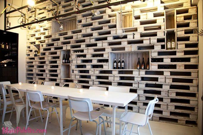 Restaurantes e bares com paletes de madeira for Fabrication meuble avec palette bois