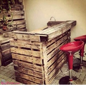 Restaurantes com mobiliário de Paletes