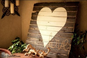 Decorar com pallets de madeira