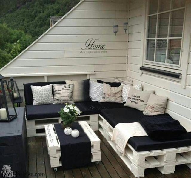 Varandas com m veis de paletes for Sofa exterior palets