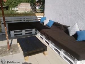 varandas com móveis de paletes