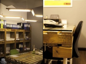 Mesa de escritório feita com pallets