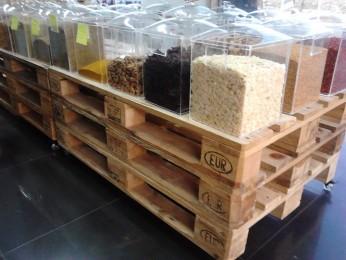 Loja Sabor in Natura, alimentos e paletes