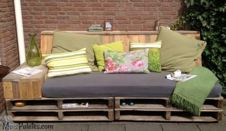 Sof s com paletes no exteriorm veis de paletes for Sofa exterior jardim