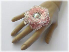 Tutoriais de joias com contas simplesmente elegantes por AsszaBeadingArts