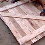 Como fazer portas com madeira de pallet